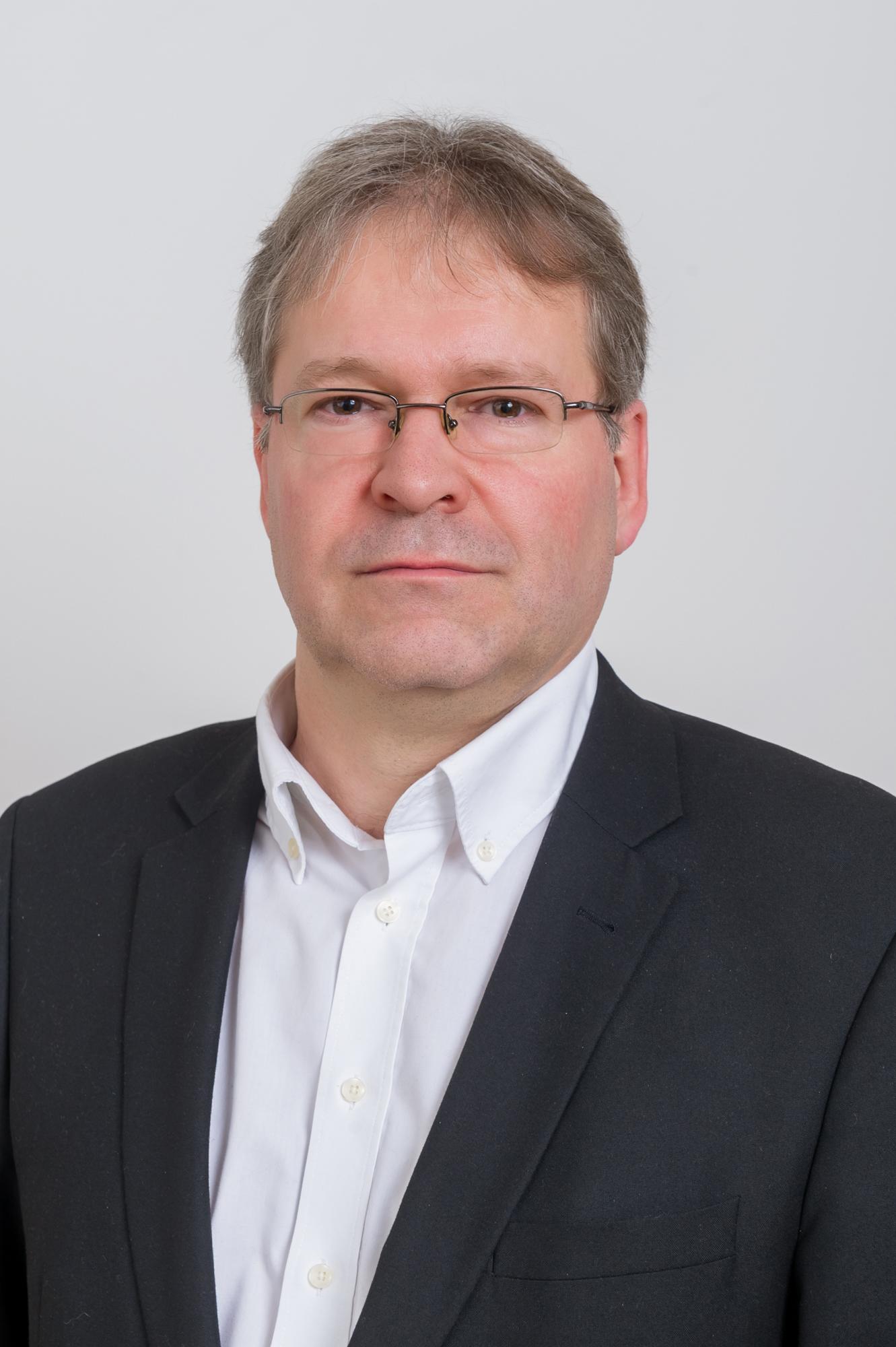 Szakály Zoltán