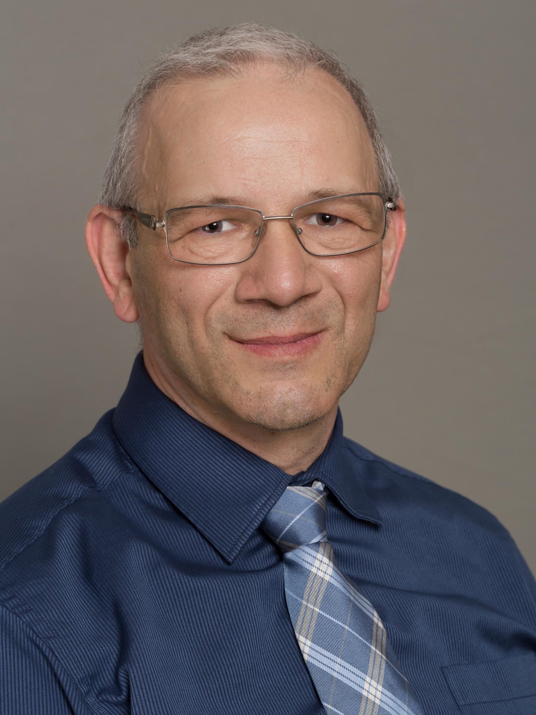 Csikós Balázs