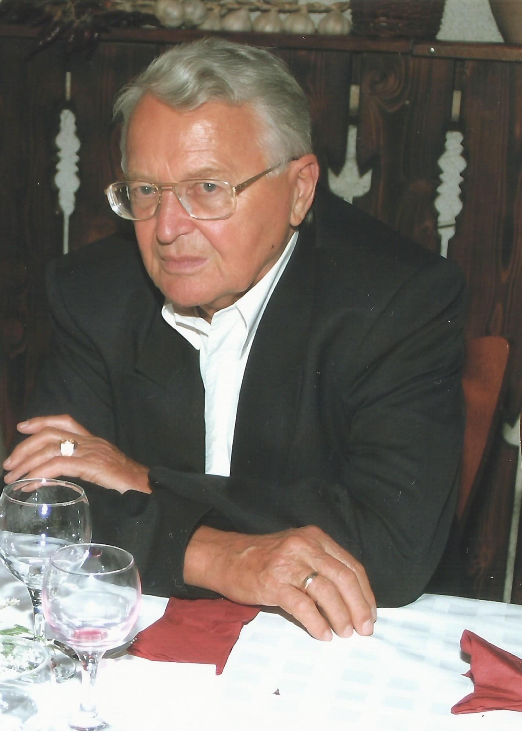 Solymos Rezső