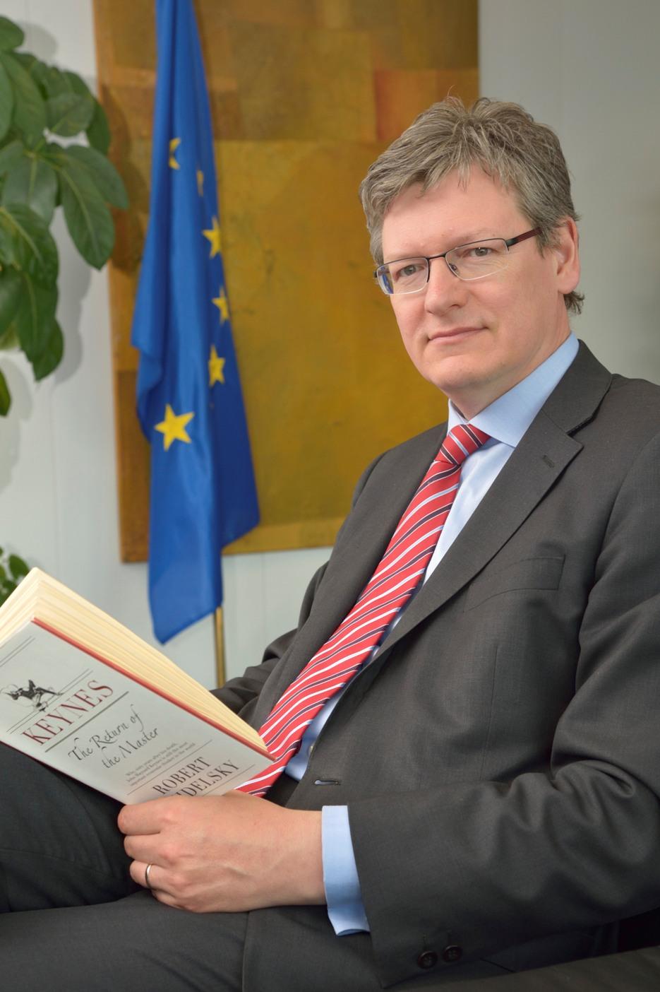 Andor László