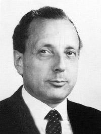 Kapolyi László